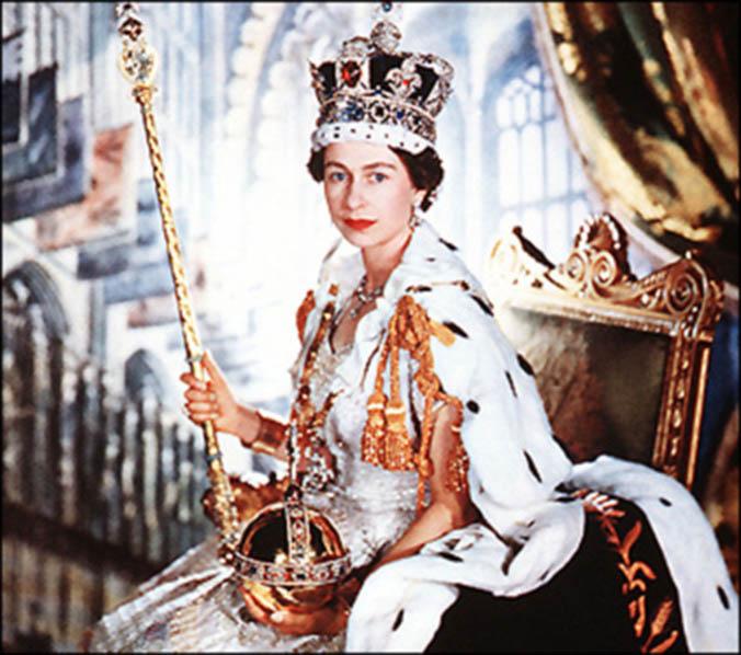 Queen-Elizabeth-II-Crown-Jewels-June-2_1953